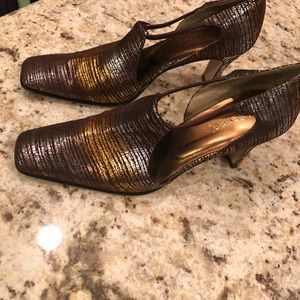 J Renee shoes worn once